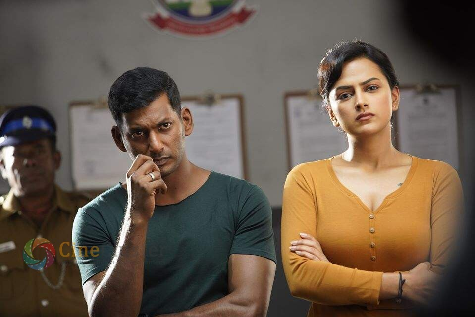 VISHAL'S CHAKRA TO BE OUT ON OTT IN 5 LANGUAGES?