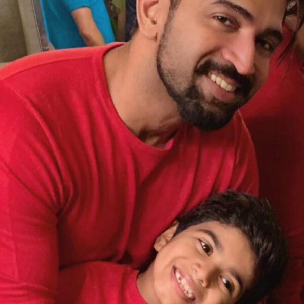 Arun Vijay to share his screen with his son Arnav Vijay!
