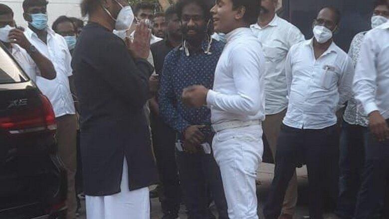 ரஜினியுடன் நடிகர் லெஜண்ட் சரவணா – வைரல் புகைப்படம்